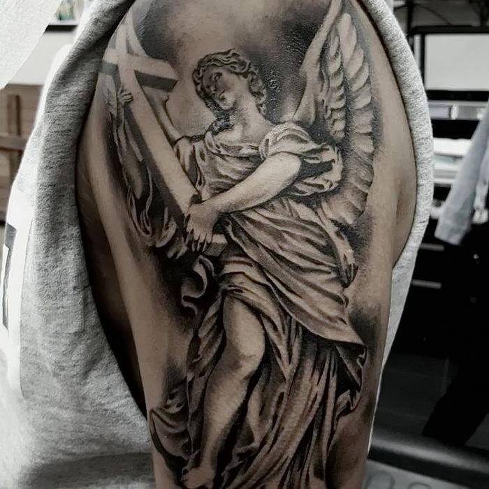 вскоре ангелы тату фото значение плечо мужские семейных