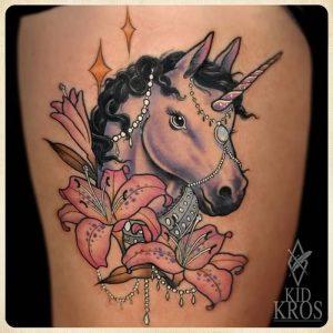 фото тату единорог от 14.11.2017 №008 - unicorn tattoo - tattoo-photo.ru