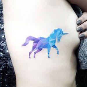 фото тату единорог от 14.11.2017 №011 - unicorn tattoo - tattoo-photo.ru