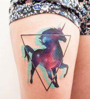 фото тату единорог от 14.11.2017 №012 — unicorn tattoo — tattoo-photo.ru
