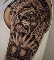 фото тату лев от 18.11.2017 №018 — tattoo lion — tattoo-photo.ru