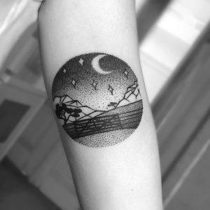 фото тату луна от 19.11.2017 №059 - tattoo moon - tattoo-photo.ru