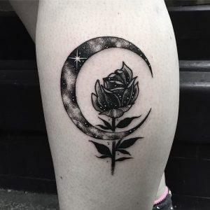 фото тату луна от 19.11.2017 №060 - tattoo moon - tattoo-photo.ru