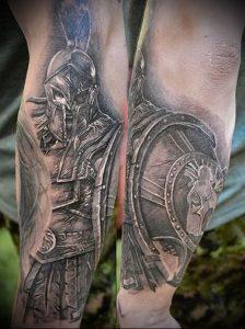 Гладиатор в татуировке для статьи про значение рисунка - 10