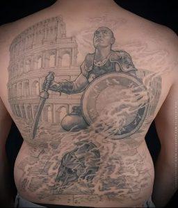 Гладиатор в татуировке для статьи про значение рисунка - 12