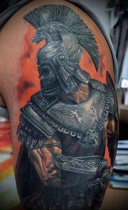 Гладиатор в татуировке для статьи про значение рисунка - 13