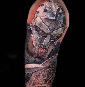 Гладиатор в татуировке для статьи про значение рисунка - 19