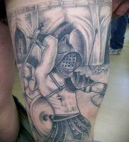 Гладиатор в татуировке для статьи про значение рисунка — 26