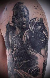 Гладиатор в татуировке для статьи про значение рисунка - 29