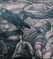 Гладиатор в татуировке для статьи про значение рисунка — 31