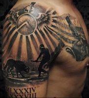 Гладиатор в татуировке для статьи про значение рисунка — 32
