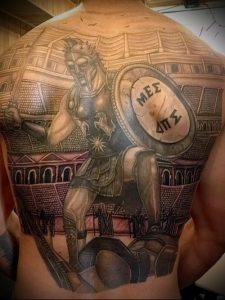 Гладиатор в татуировке для статьи про значение рисунка - 40