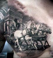 Гладиатор в татуировке для статьи про значение рисунка — 42