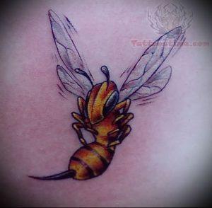 фото тату пчела для статьи про значение татуировки пчела - 19
