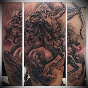 фото тату стрелец для статьи про значение символа в татуировке - 27