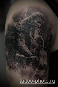 фото татуировки молот - значение - пример интересного рисунка тату - 024 tatufoto.com
