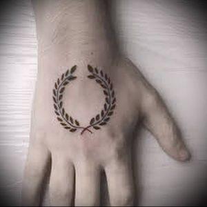 фото тату венок (tattoo wreath) (значение) - пример рисунка - 019 tatufoto.com