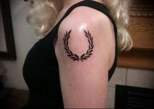 фото тату венок (tattoo wreath) (значение) - пример рисунка - 020 tatufoto.com