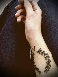 фото тату венок (tattoo wreath) (значение) - пример рисунка - 022 tatufoto.com