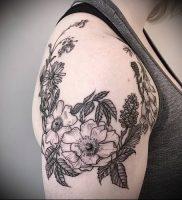 фото тату венок (tattoo wreath) (значение) — пример рисунка — 029 tatufoto.com