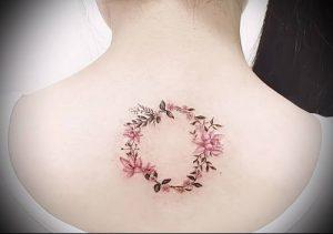 фото тату венок (tattoo wreath) (значение) - пример рисунка - 031 tatufoto.com
