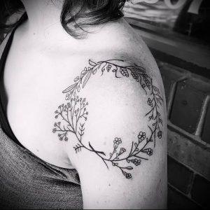 фото тату венок (tattoo wreath) (значение) - пример рисунка - 032 tatufoto.com
