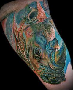 фото тату носорог (rhino tattoo) (значение) - пример рисунка - 032 tatufoto.com