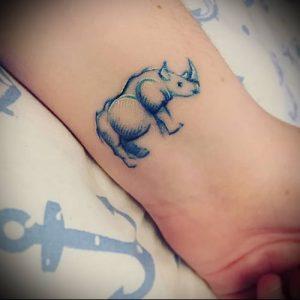 фото тату носорог (rhino tattoo) (значение) - пример рисунка - 046 tatufoto.com