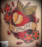 фото тату С ЯБЛОКОМ (Tattoo apple photo) (значение) — пример рисунка — 034 tatufoto.com