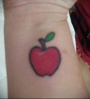фото тату С ЯБЛОКОМ (Tattoo apple photo) (значение) — пример рисунка — 038 tatufoto.com