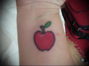 фото тату С ЯБЛОКОМ (Tattoo apple photo) (значение) - пример рисунка - 038 tatufoto.com