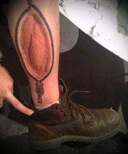 фото Тату на шраме, рубце, следе (tattoo) (значение) - пример рисунка - 012 tatufoto.com