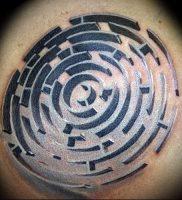 Фото тату лабиринт — пример — 29052017 — пример — 007 tattoo maze