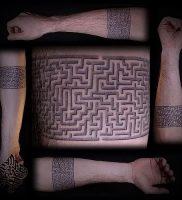 Фото тату лабиринт — пример — 29052017 — пример — 012 tattoo maze