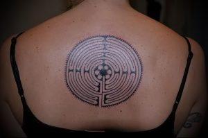 Фото тату лабиринт - пример - 29052017 - пример - 031 tattoo maze