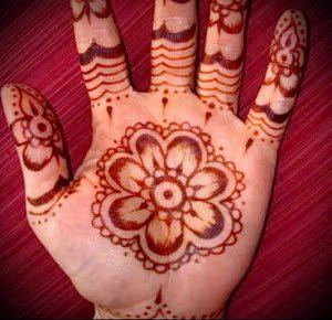 Фото Мехенди на ладони - 17062017 - пример - 007 Mehendi in the palm of your hand