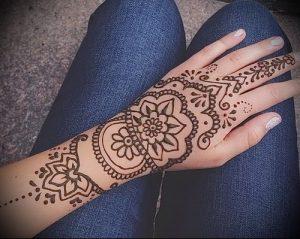 Фото Мехенди на ладони - 17062017 - пример - 023 Mehendi in the palm of your hand