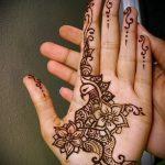 Фото Мехенди на ладони - 17062017 - пример - 029 Mehendi in the palm of your hand