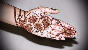 Фото Мехенди на ладони - 17062017 - пример - 051 Mehendi in the palm of your hand