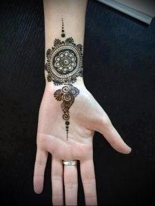 Фото Мехенди на ладони - 17062017 - пример - 062 Mehendi in the palm of your hand