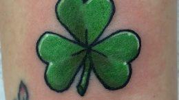 фото тату трилистник - клевер от 21.08.2017 №100 - Cloverleaf tattoo - tattoo-photo.ru