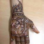 фото Рисунки мехенди на руке от 02.10.2017 №052 - mehendi on hand - tattoo-photo.ru