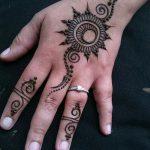 фото Рисунки мехенди на руке от 02.10.2017 №058 - mehendi on hand - tattoo-photo.ru