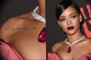 фото Тату Рианны от 30.09.2017 №036 - Rihanna Tattoo - tattoo-photo.ru