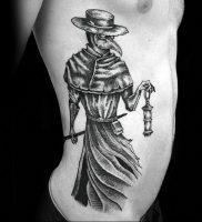 фото тату Чумной Доктор от 04.10.2017 №009 — tattoo Plague Doctor — tattoo-photo.ru