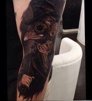фото тату Чумной Доктор от 04.10.2017 №014 — tattoo Plague Doctor — tattoo-photo.ru