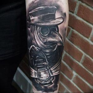фото тату Чумной Доктор от 04.10.2017 №024 - tattoo Plague Doctor - tattoo-photo.ru