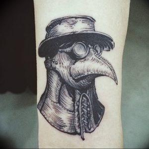 фото тату Чумной Доктор от 04.10.2017 №035 - tattoo Plague Doctor - tattoo-photo.ru