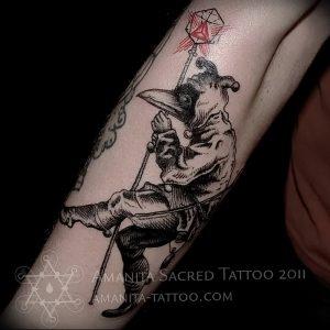 фото тату Чумной Доктор от 04.10.2017 №041 - tattoo Plague Doctor - tattoo-photo.ru
