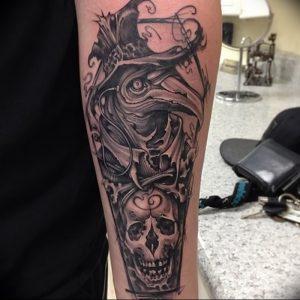 фото тату Чумной Доктор от 04.10.2017 №050 - tattoo Plague Doctor - tattoo-photo.ru